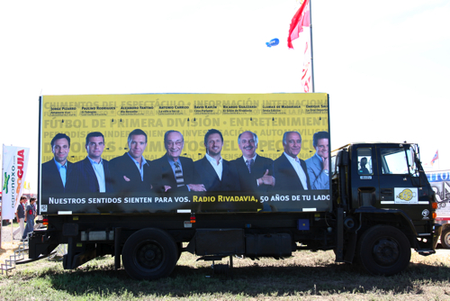 Ploteo camión Radio Rivadavia 2008