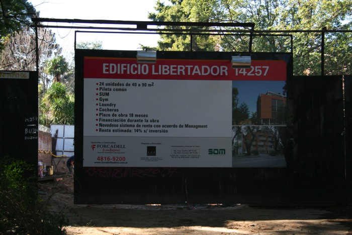 Cartel de obra Libertador 14257