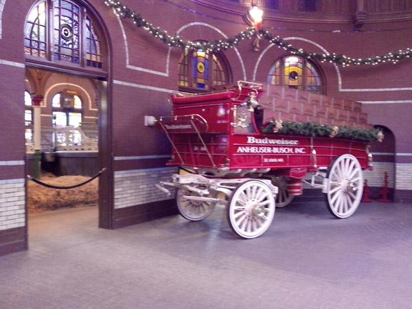 Una de las carrozas utilizadas antiguamente para el traslado de cerveza.